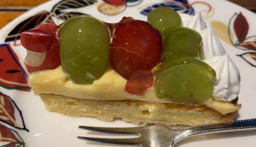 片原町にある「くつわ堂総本店」の老舗の味『フルーツケーキ』と『白下糖カステラ』